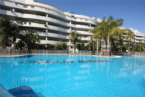 Luxury Apartment In El Embrujo Banus With Adsl Holiday Rental In El Embrujo De Banus Puerto
